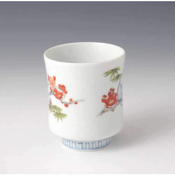 SOMENISHIKI MARUMON TAKEUMEMON YUNOMI  (Tea Cup with Circle Bamboo Plum design)