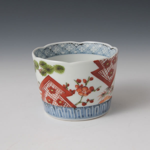 SOMENISHIKI SHOCHIKUBAIMON SOBACHOKU (Cup with Pine Tree Bamboo Plum design)