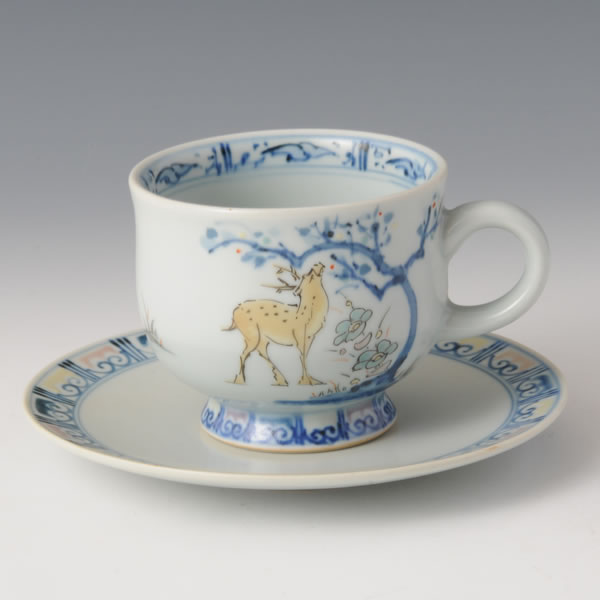 SOMENISHIKI SHIKAMON WANZARA (Cup & Saucer with Deer design in polychrome overglaze painting) Hizenyoshida ware