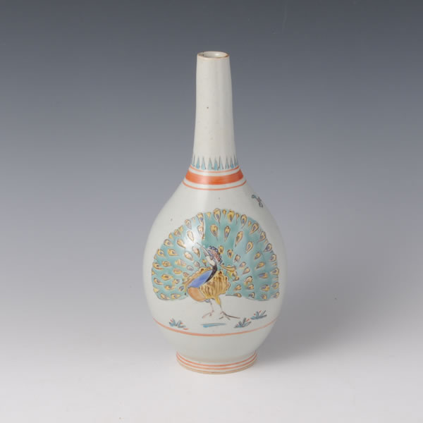 IROE KUJAKUMON KABIN (Flower Vase with Peacock design in overglaze enamel)