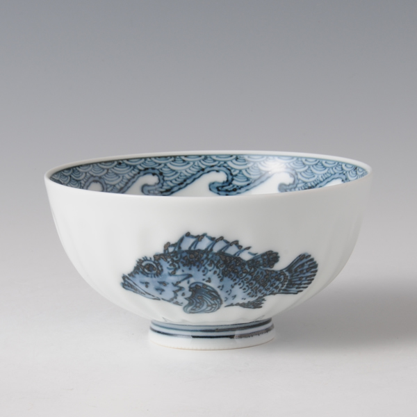GYOMON MESHIWAN (Bowl with the Fish design)