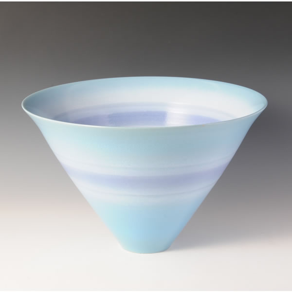 AOSAI KAKEWAKE SENMONBACHI (Bowl with Blue decoration and Line design)