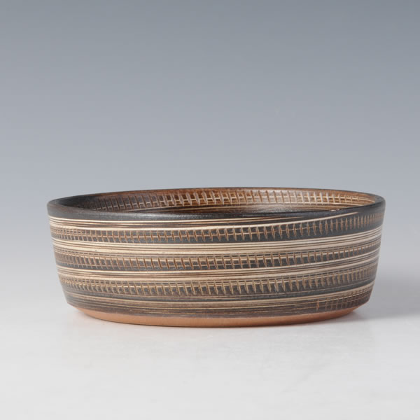 JOMON BOWL (Bowl with Vertical Lines and Black decoration)