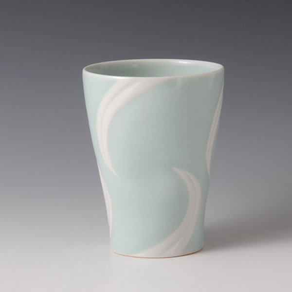 SEIHAKUJI FREECUP (White Porcelain Cup with Pale Blue glaze A)